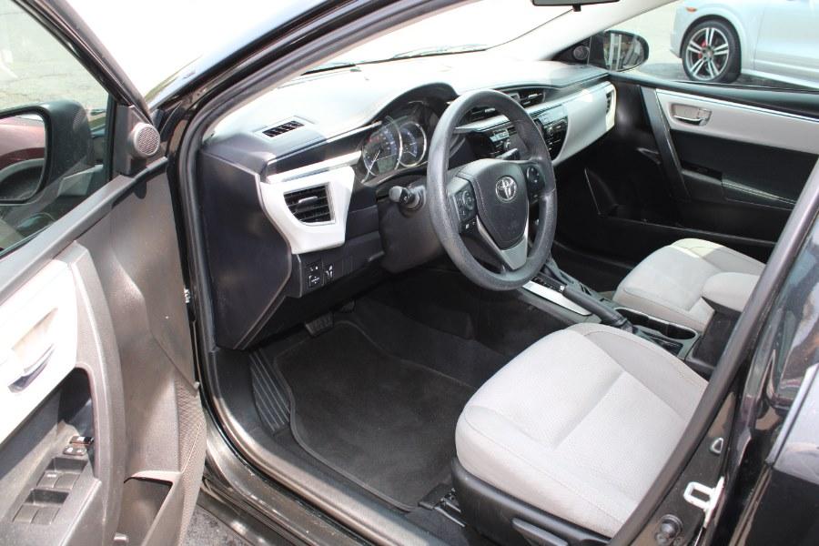 Used Toyota Corolla 4dr Sdn CVT LE (Natl) 2015 | Auto House of Luxury. Plantsville, Connecticut