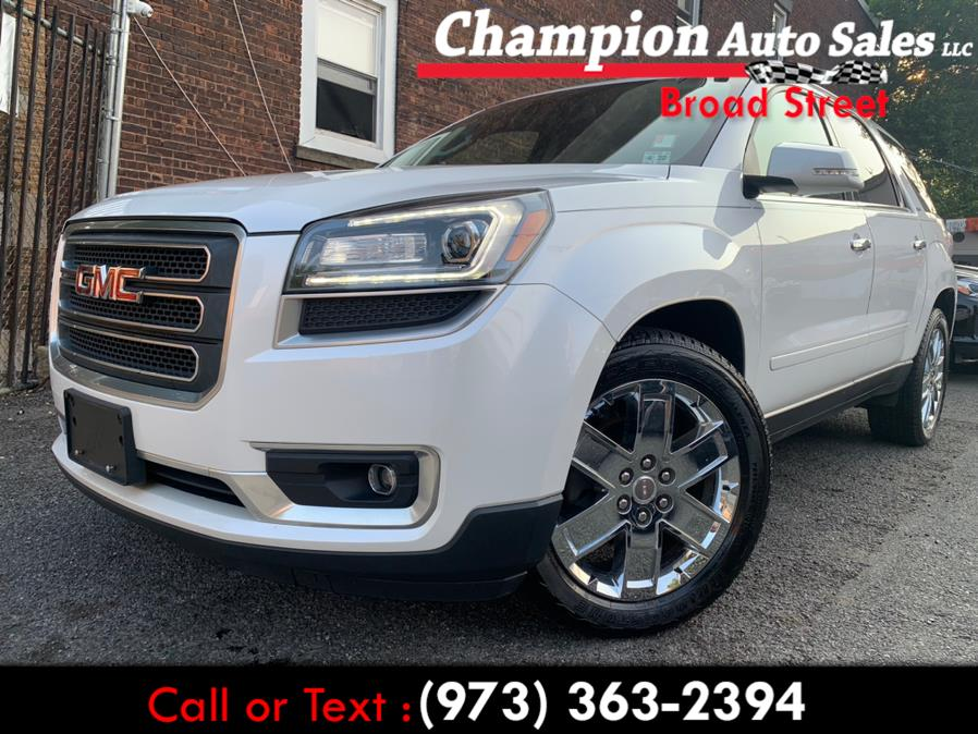 Used 2017 GMC Acadia Limited in Newark, New Jersey | Champion Used Auto Sales LLC. Newark, New Jersey