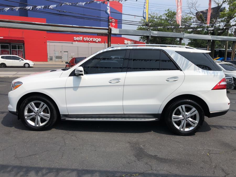Used Mercedes-Benz M-Class 4MATIC 4dr ML 350 2015 | Champion Auto Sales Of The Bronx. Bronx, New York