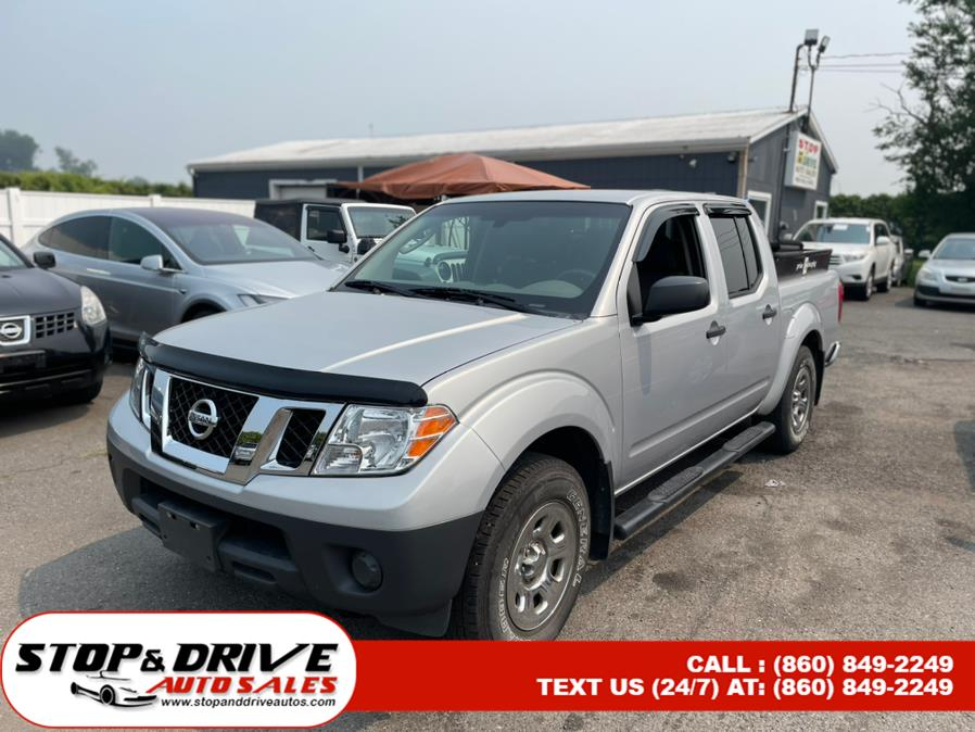Used Nissan Frontier 4WD Crew Cab SWB Auto S 2011 | Stop & Drive Auto Sales. East Windsor, Connecticut