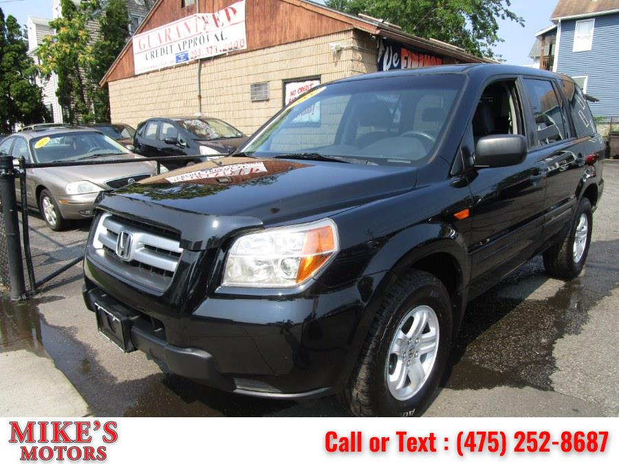 Used 2006 Honda Pilot in Stratford, Connecticut | Mike's Motors LLC. Stratford, Connecticut