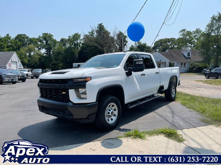 "Used Chevrolet Silverado 3500HD 4WD Crew Cab 172"" Work Truck 2020 | Apex Auto. Selden, New York"