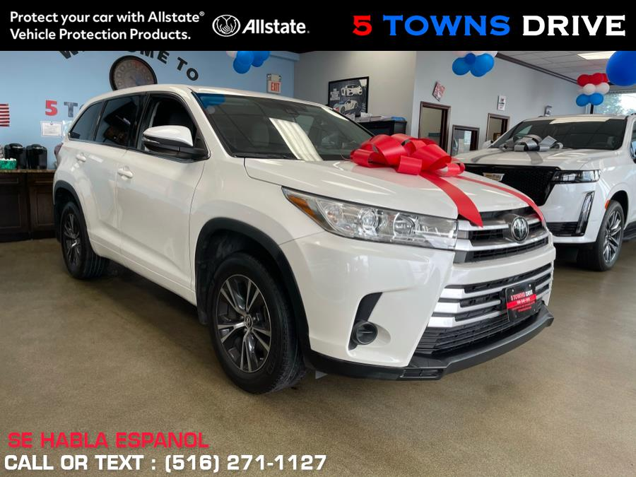Used Toyota Highlander LE V6 PLUS 2018 | 5 Towns Drive. Inwood, New York