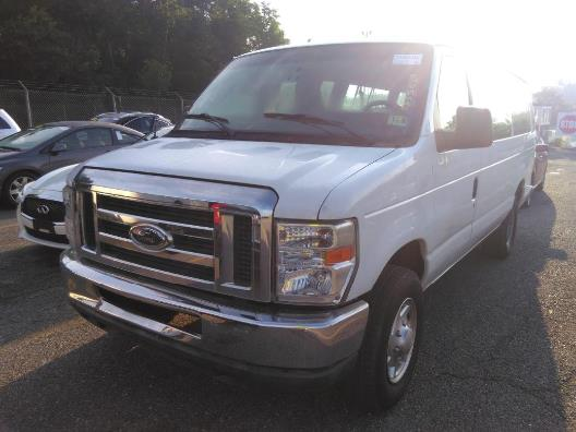 Used 2012 Ford Econoline Wagon in Corona, New York | Raymonds Cars Inc. Corona, New York