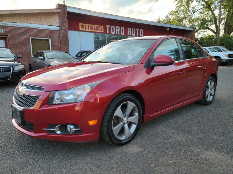 Used Chevrolet Cruze 4dr Sdn LT w/2LT Leather & Sunroof 2011   Toro Auto. East Windsor, Connecticut