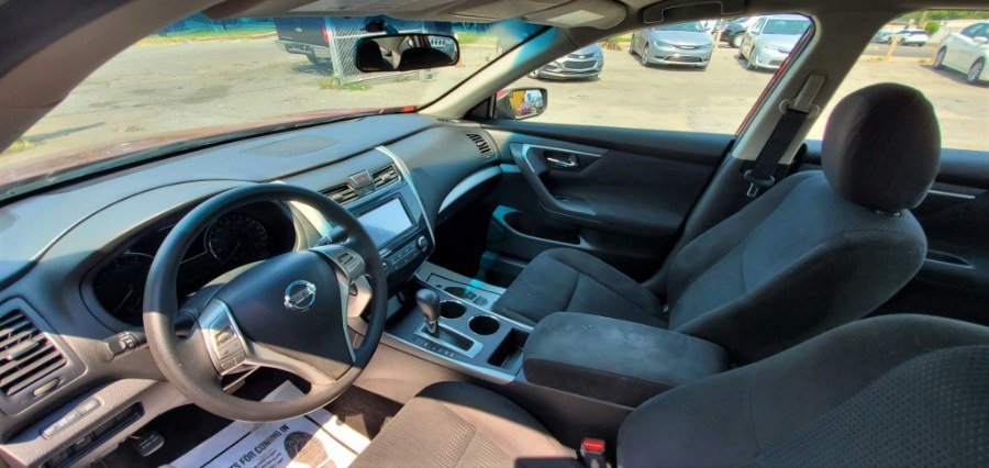 Used Nissan Altima 4dr Sdn I4 2.5 S 2015   Temple Hills Used Car. Temple Hills, Maryland