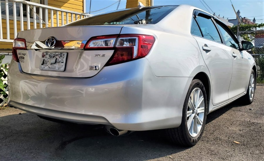 Used Toyota Camry Hybrid 4dr Sdn XLE 2012 | Temple Hills Used Car. Temple Hills, Maryland