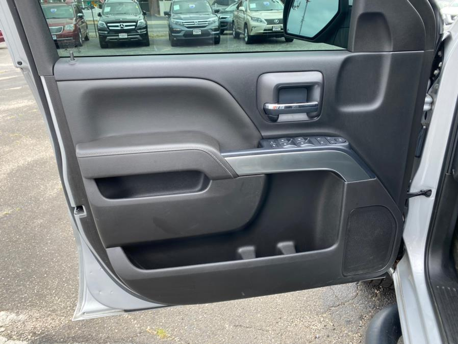 "Used Chevrolet Silverado 1500 4WD Double Cab 143.5"" LT w/1LT 2017 | Rite Cars, Inc. Lindenhurst, New York"
