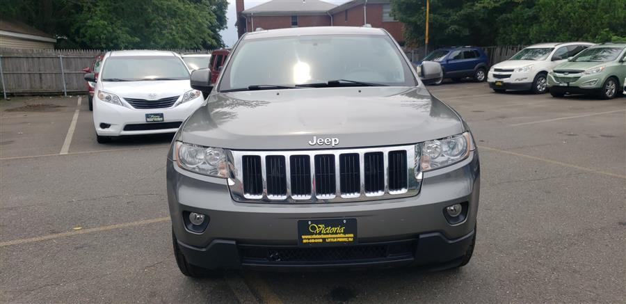 Used Jeep Grand Cherokee 4WD 4dr Laredo 2011   Victoria Preowned Autos Inc. Little Ferry, New Jersey