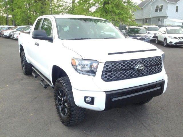 Used Toyota Tundra 4wd SR5 w/ rearCam 2020 | Car Revolution. Maple Shade, New Jersey