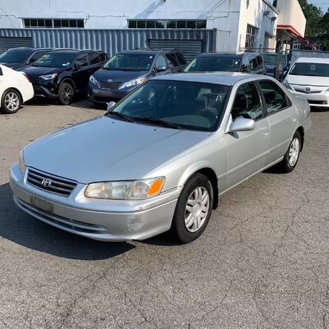 Used 2000 Toyota Camry in Naugatuck, Connecticut | Riverside Motorcars, LLC. Naugatuck, Connecticut