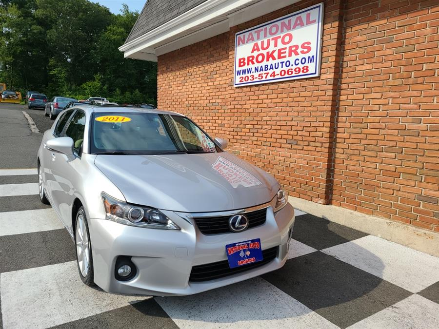 Used Lexus CT 200H FWD 4dr Hybrid 2011 | National Auto Brokers, Inc.. Waterbury, Connecticut