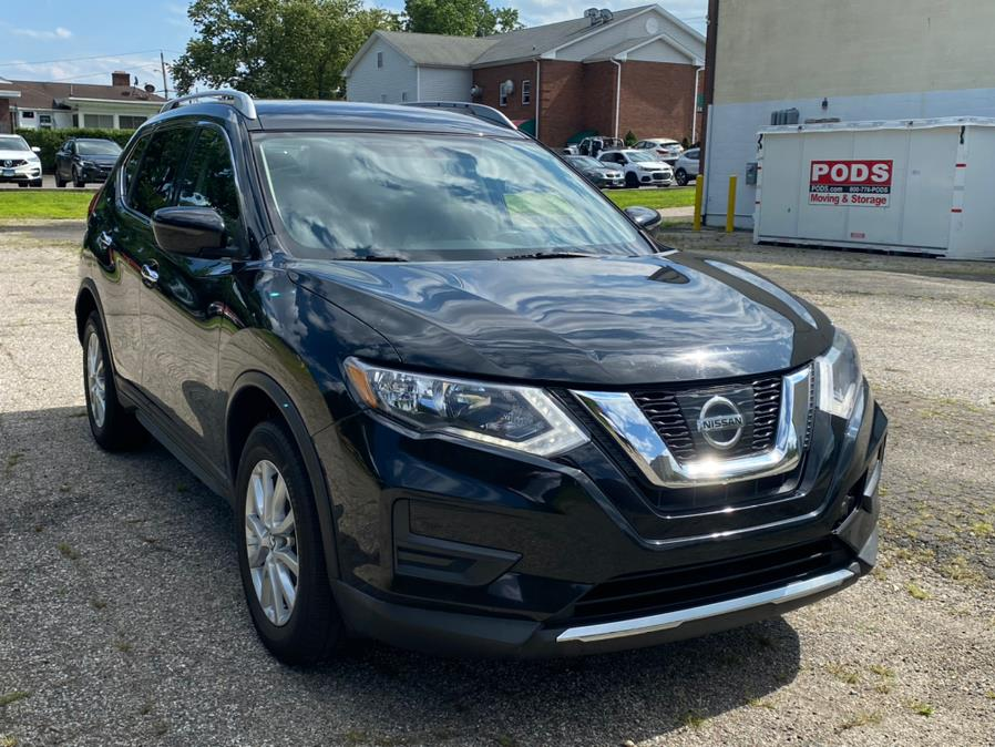 Used Nissan Rogue SV 2017   CT Auto. Bridgeport, Connecticut