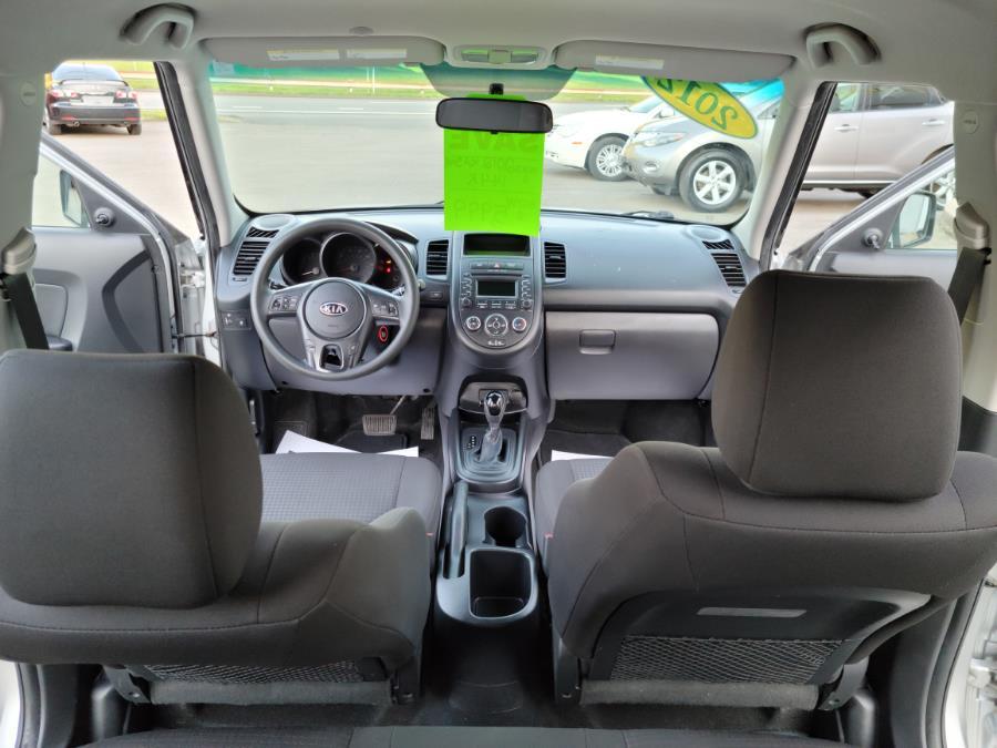 Used Kia Soul 5dr Wgn Auto Base 2012 | Cos Central Auto. Meriden, Connecticut