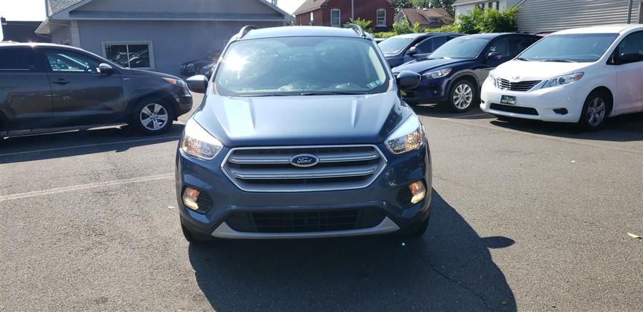 Used Ford Escape SE FWD 2018 | Victoria Preowned Autos Inc. Little Ferry, New Jersey