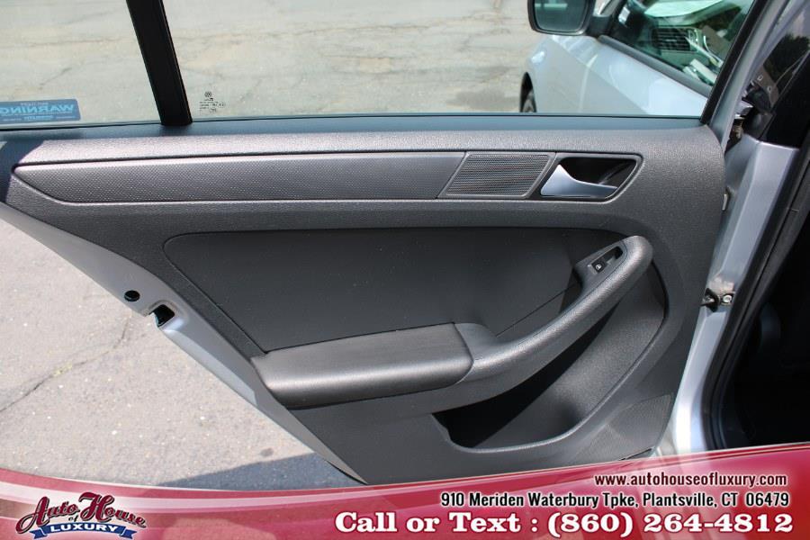 Used Volkswagen Jetta Sedan 4dr Auto 1.4T S w/Technology 2016   Auto House of Luxury. Plantsville, Connecticut