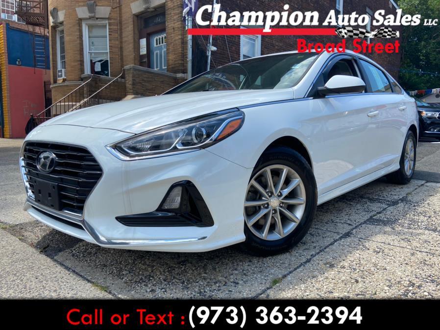 Used 2018 Hyundai Sonata in Newark, New Jersey | Champion Used Auto Sales LLC. Newark, New Jersey