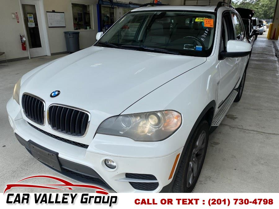 Used BMW X5 AWD 4dr 35i Premium 2012 | Car Valley Group. Jersey City, New Jersey