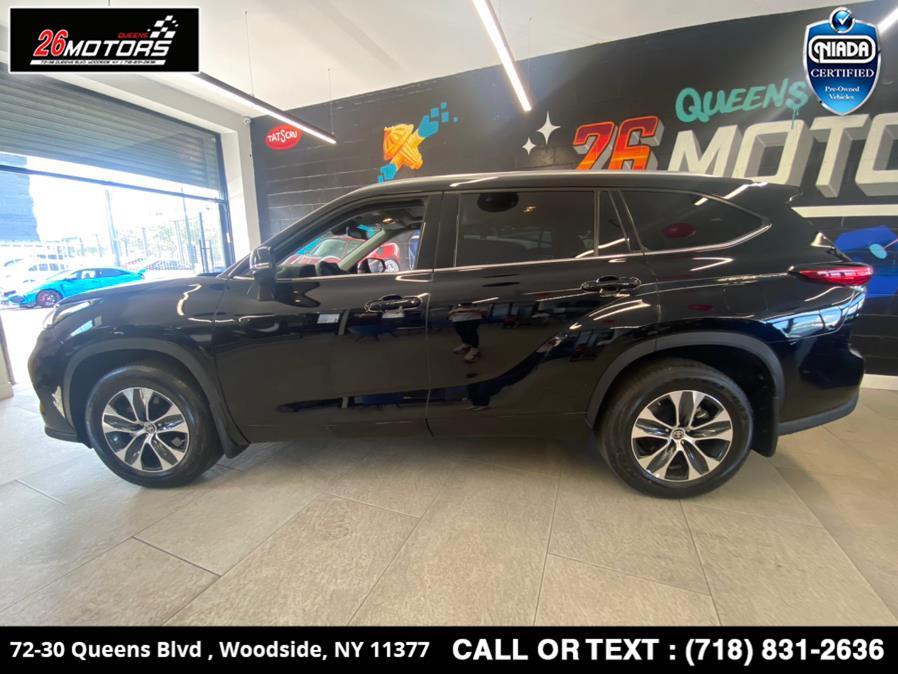 Used 2021 Toyota Highlander in Woodside, New York | 26 Motors Queens. Woodside, New York
