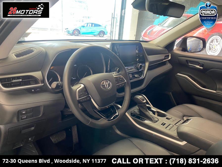 Used Toyota Highlander XLE AWD 7-Passenger (Natl) 2021   26 Motors Queens. Woodside, New York