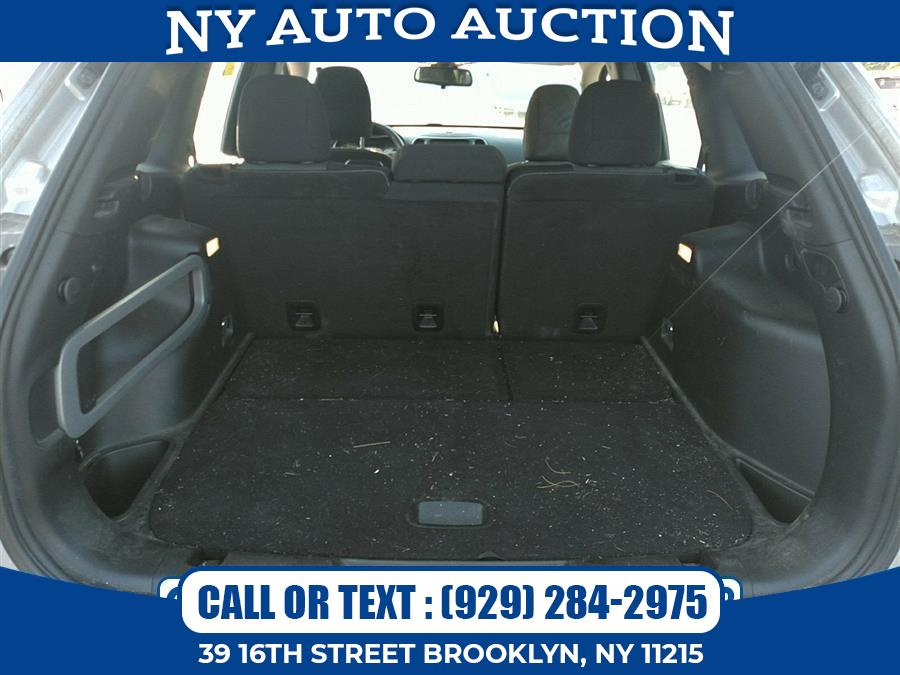 Used Jeep Cherokee Sport 4x4 2017 | NY Auto Auction. Brooklyn, New York