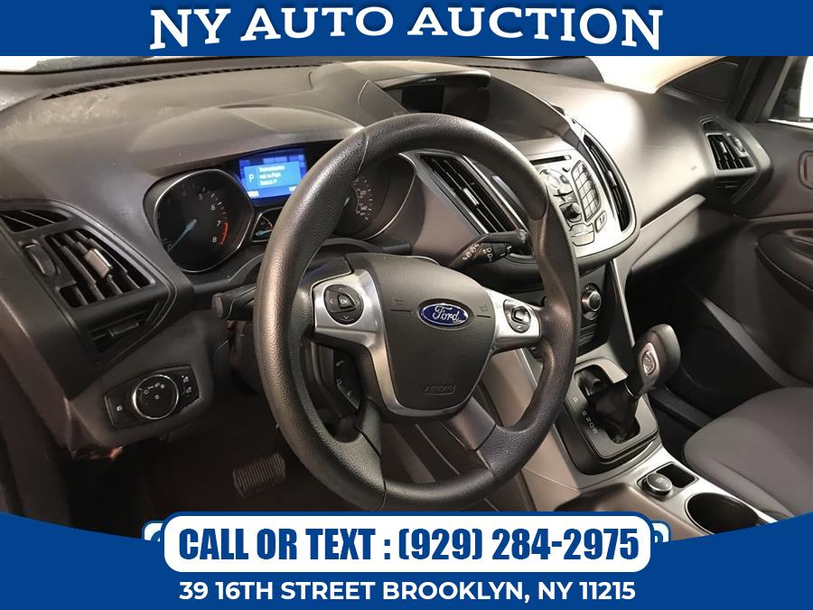 Used Ford Escape 4WD 4dr SE 2015   NY Auto Auction. Brooklyn, New York