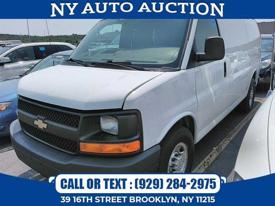 "Used Chevrolet Express Cargo Van RWD 2500 135"" 2013   NY Auto Auction. Brooklyn, New York"