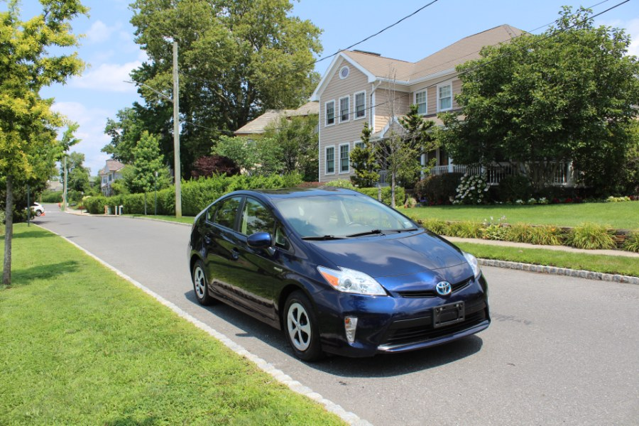 2014 Toyota Prius 5dr HB Three, available for sale in Great Neck, NY