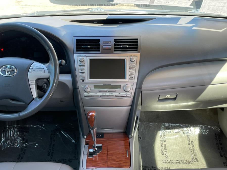 Used Toyota Camry XLE Sedan 4D 2011 | Green Light Auto. Corona, California