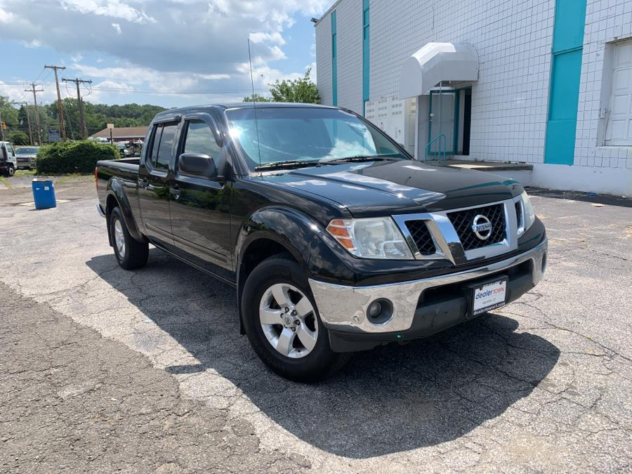Used Nissan Frontier 4WD Crew Cab LWB Auto SV 2011 | Dealertown Auto Wholesalers. Milford, Connecticut