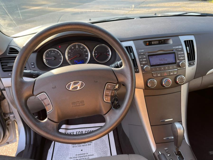 Used Hyundai Sonata 4dr Sdn I4 Auto GLS 2010   New Beginning Auto Service Inc . Ashland , Massachusetts