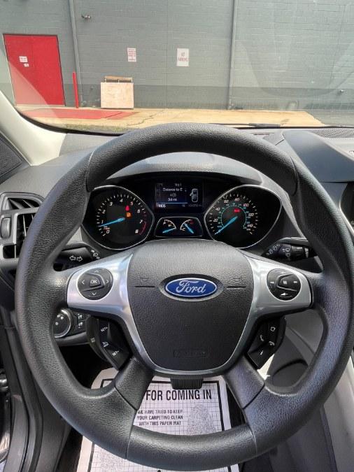 Used Ford Escape 4WD 4dr SE 2014 | A-Tech. Medford, Massachusetts