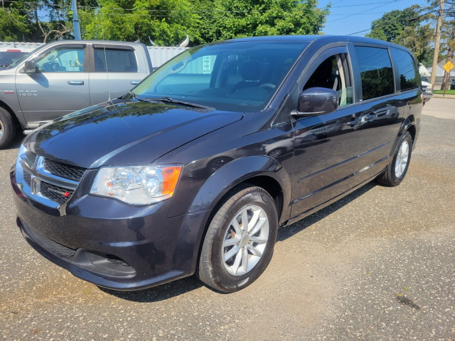 Used 2013 Dodge Grand Caravan in Patchogue, New York | Romaxx Truxx. Patchogue, New York