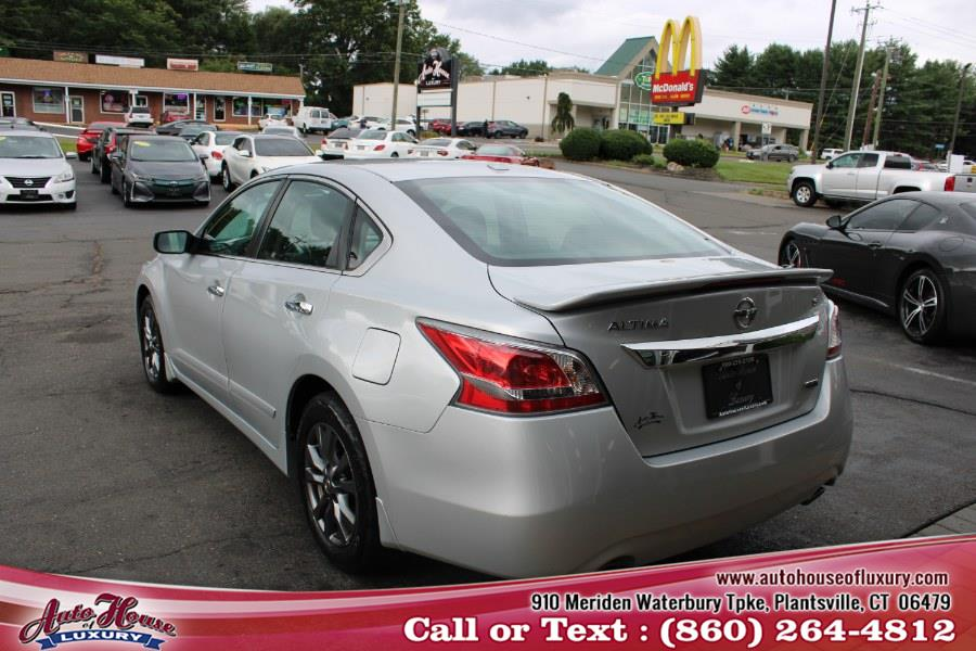 Used Nissan Altima 4dr Sdn I4 2.5 S 2015 | Auto House of Luxury. Plantsville, Connecticut