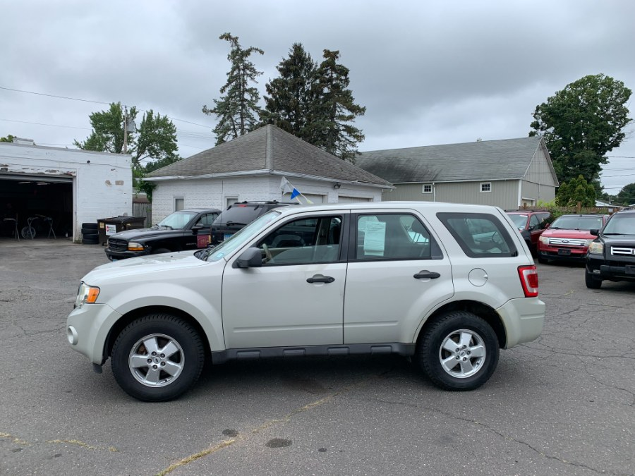 Used Ford Escape 4WD 4dr I4 Auto XLS 2009 | CT Car Co LLC. East Windsor, Connecticut