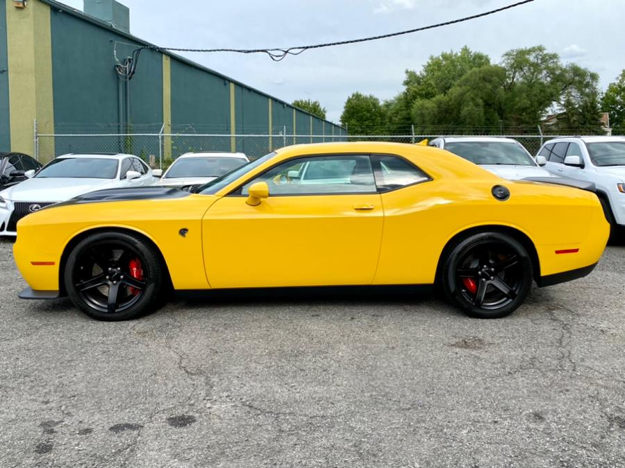 Used Dodge Challenger SRT Hellcat Coupe 2017 | Easy Credit of Jersey. South Hackensack, New Jersey