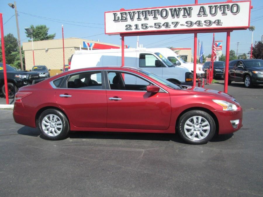 Used 2013 Nissan Altima in Levittown, Pennsylvania | Levittown Auto. Levittown, Pennsylvania