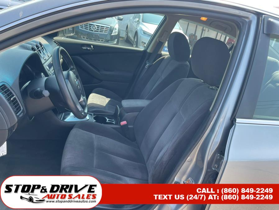 Used Nissan Altima 4dr Sdn I4 CVT 2.5 S 2009   Stop & Drive Auto Sales. East Windsor, Connecticut
