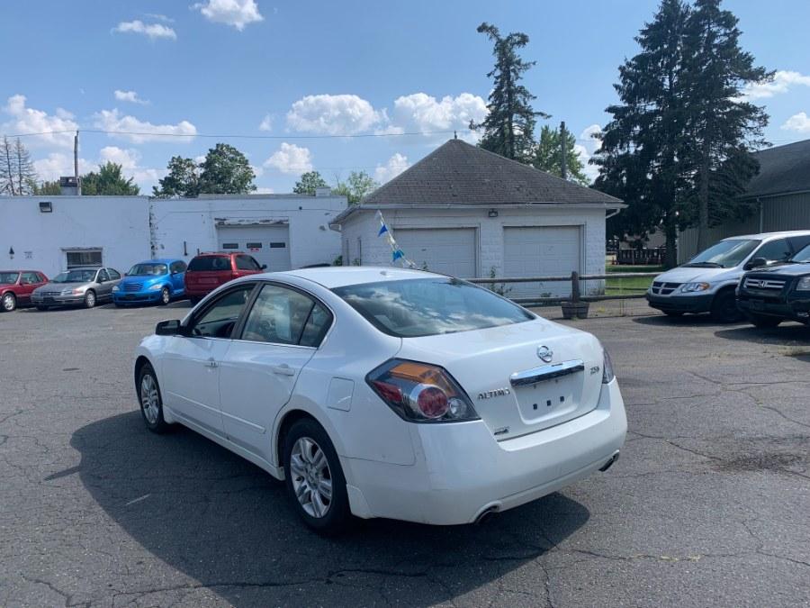 Used Nissan Altima 4dr Sdn I4 CVT 2.5 S 2010 | CT Car Co LLC. East Windsor, Connecticut