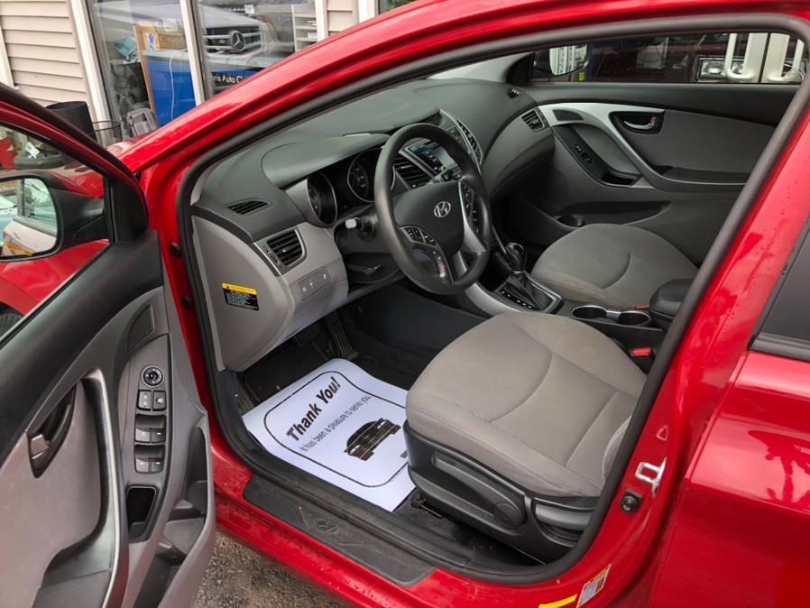 Used Hyundai Elantra 4dr Sdn Man SE (Ulsan Plant) 2016   Chris's Auto Clinic. Plainville, Connecticut