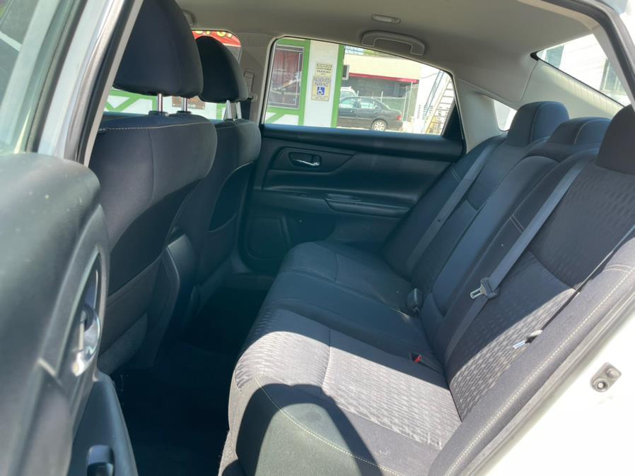 Used Nissan Altima 2.5 S Sedan 2017   Green Light Auto. Corona, California