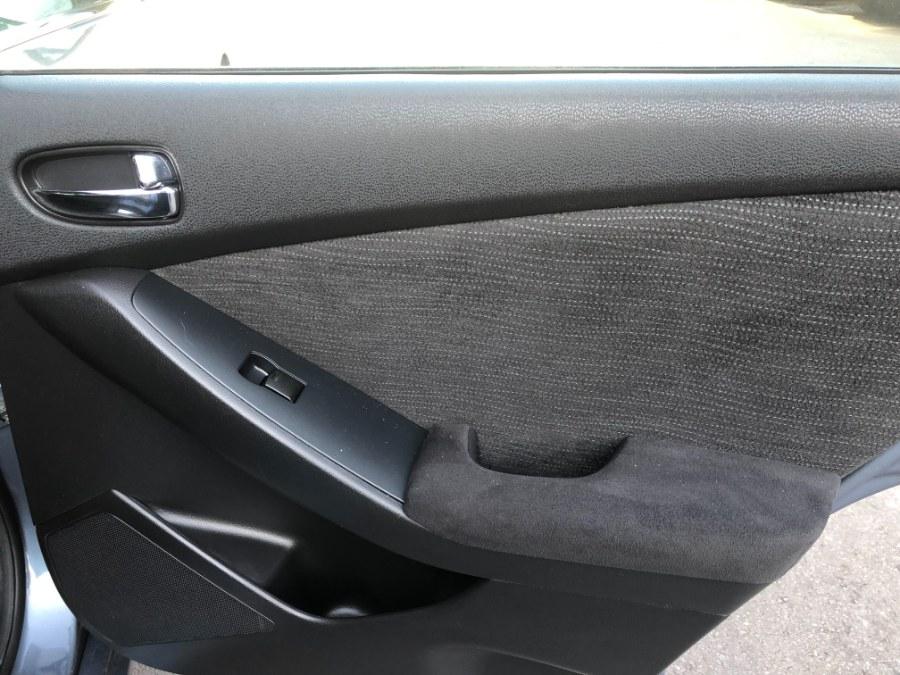 Used Nissan Altima 4dr Sdn I4 CVT 2.5 S 2012 | Bristol Auto Center LLC. Bristol, Connecticut