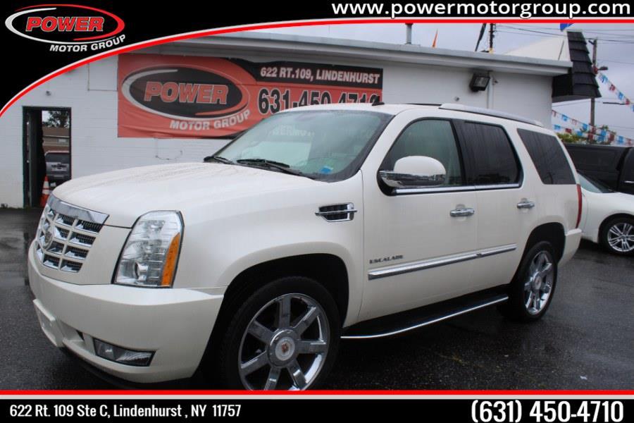 Used Cadillac Escalade AWD 4dr Luxury 2012 | Power Motor Group. Lindenhurst, New York