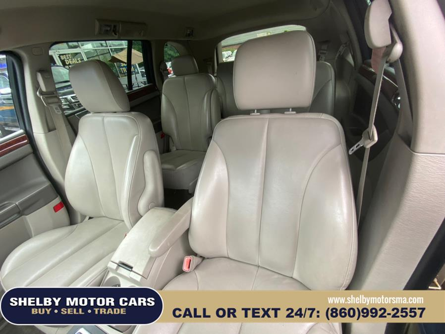 Used Chrysler Pacifica 4dr Wgn Touring AWD 2006   Shelby Motor Cars. Springfield, Massachusetts