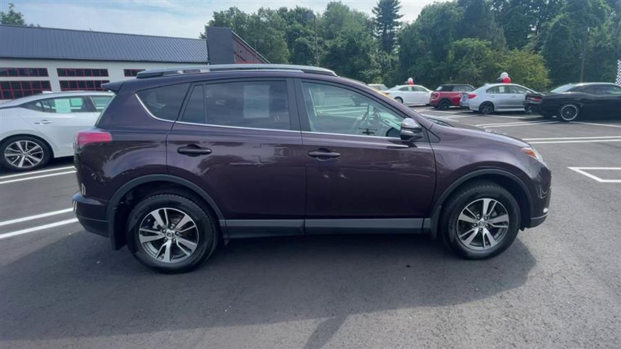 Used Toyota RAV4 XLE AWD (Natl) 2018 | Wiz Leasing Inc. Stratford, Connecticut
