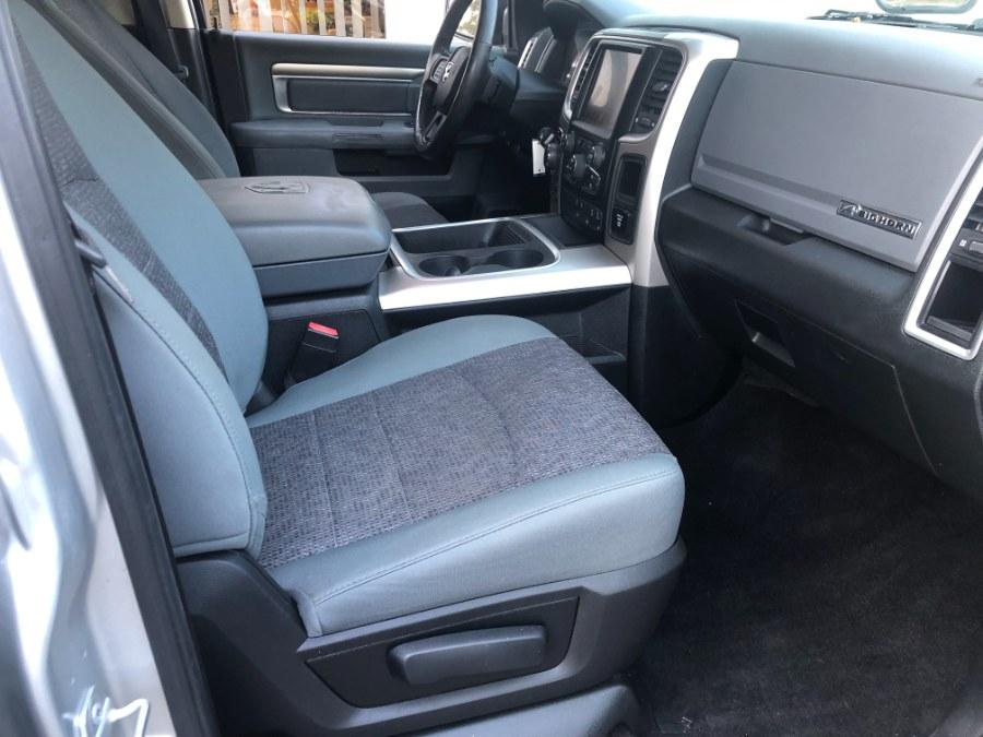 "Used Ram 1500 4WD Crew Cab 140.5"" Big Horn 2016 | Bristol Auto Center LLC. Bristol, Connecticut"