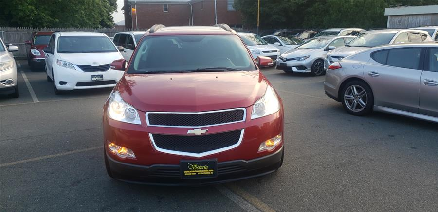 Used Chevrolet Traverse FWD 4dr LT w/1LT 2012   Victoria Preowned Autos Inc. Little Ferry, New Jersey