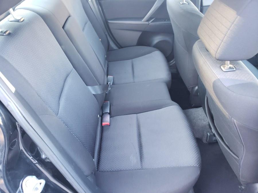 Used Mazda Mazda3 4dr Sdn Man i Touring 2010 | ODA Auto Precision LLC. Auburn, New Hampshire