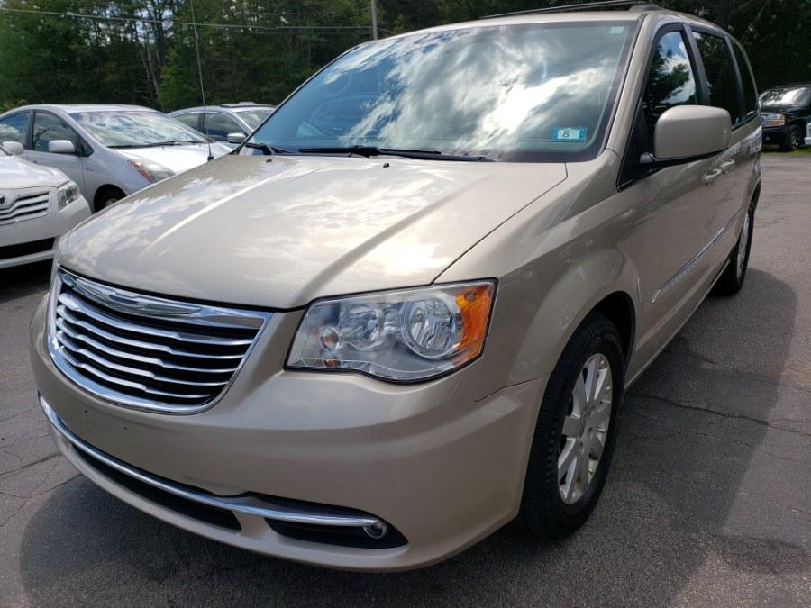 Used 2013 Chrysler Town & Country in Auburn, New Hampshire | ODA Auto Precision LLC. Auburn, New Hampshire