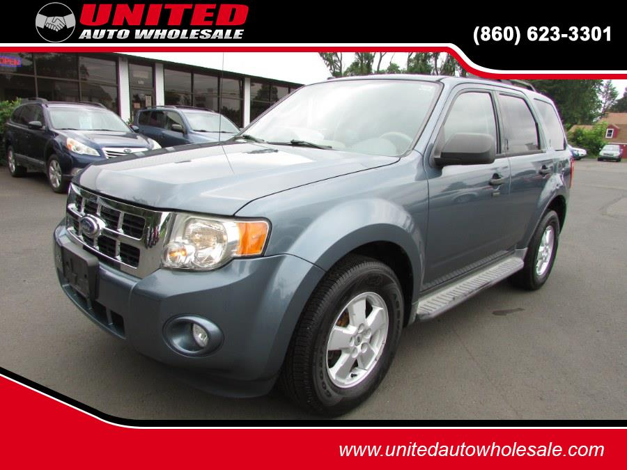 Used Ford Escape 4WD 4dr XLT 2010   United Auto Sales of E Windsor, Inc. East Windsor, Connecticut